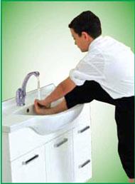 abdest-sağ-ayak-yıkama