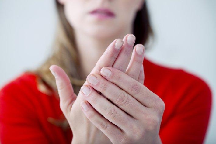 kadın-el-parmak